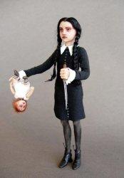 lets-play-dolls-by-michelle-bradshaw – Boyofbows WeblogMichelle Bradshaw Facebook