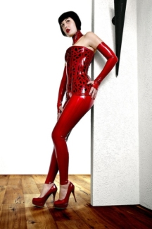Red Latex Lady (14)