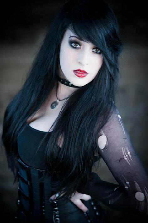 Beautiful Gothic Look Boyofbows Weblog