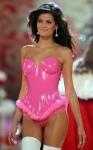 Isabeli Fontana Barbe Pink