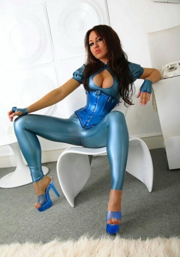 Luscious Lusty Latex Ladies (22)