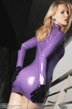 Luscious Lusty Latex Ladies (26)