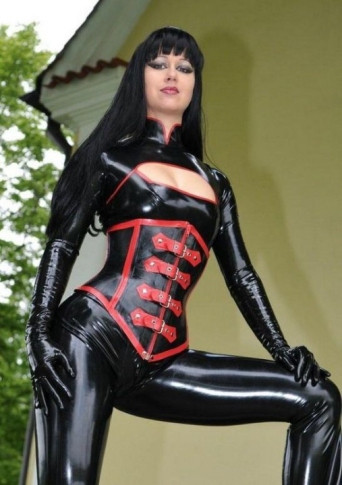 Luscious Lusty Latex Ladies (34)