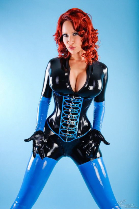 Luscious Lusty Latex Ladies (37)