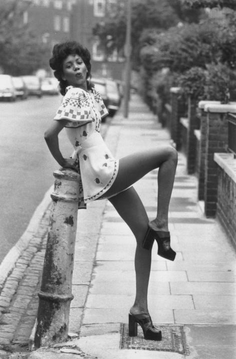 Short Skirt (15)