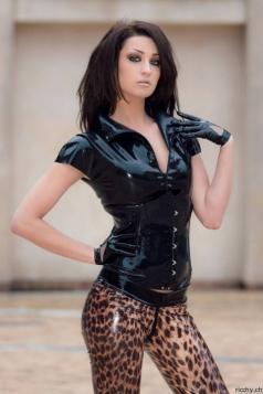 Luscious Lusty Latex Ladies (1)