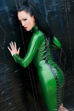 Luscious Lusty Latex Ladies (16)