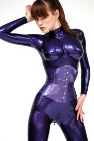 Luscious Lusty Latex Ladies (2)