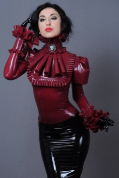 Luscious Lusty Latex Ladies (28)