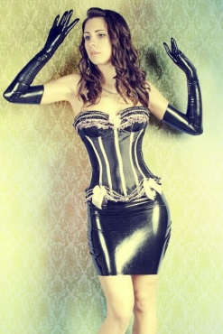 Luscious Lusty Latex Ladies (35)