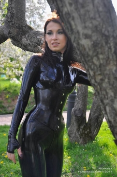 Luscious Lusty Latex Ladies (40)