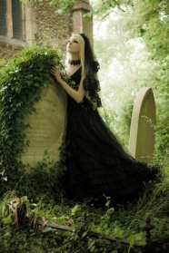 Stylish Gothic Ladies (14)