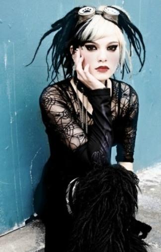 Stylish Gothic Ladies (5)