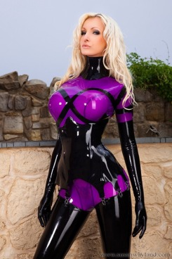 Easter Latex Bunnies (13)