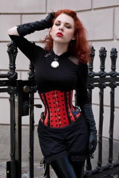 Stylish Gothic Girls (1)