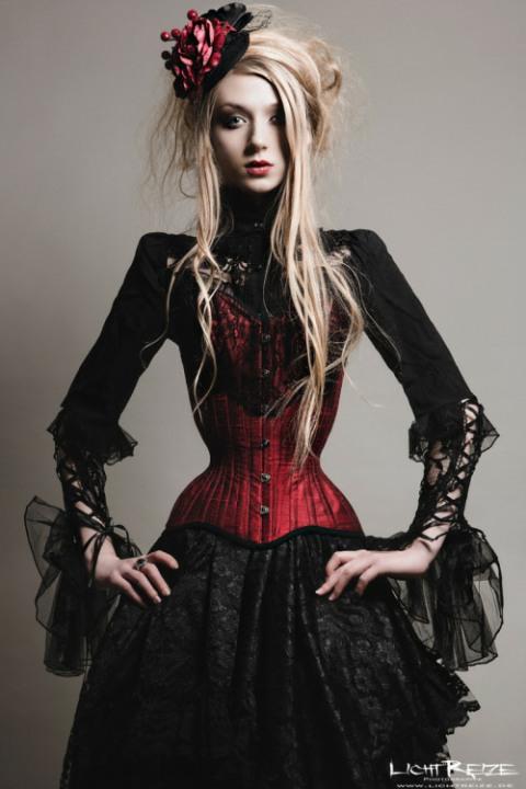 Stylish Gothic Girls (12)