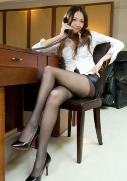 Stunning Stockinged Lady (14)