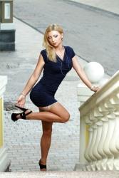 Stunning Stockinged Lady (15)