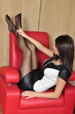 Stunning Stockinged Lady (5)