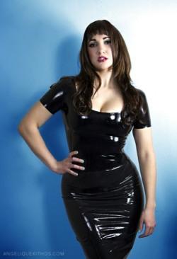 Stunning Stockinged Lady (8)