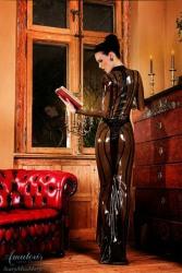 Ladies of Leather (33)