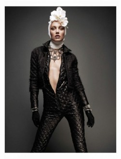 Curvaceous Catsuits (10)