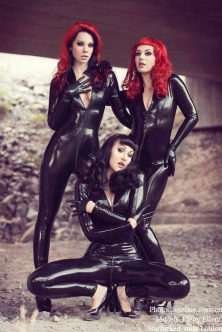 Curvaceous Catsuits (3)