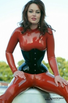 Curvaceous Catsuits (4)