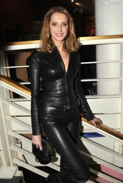 Curvaceous Catsuits (6)