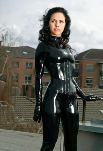Curvaceous Catsuits (7)
