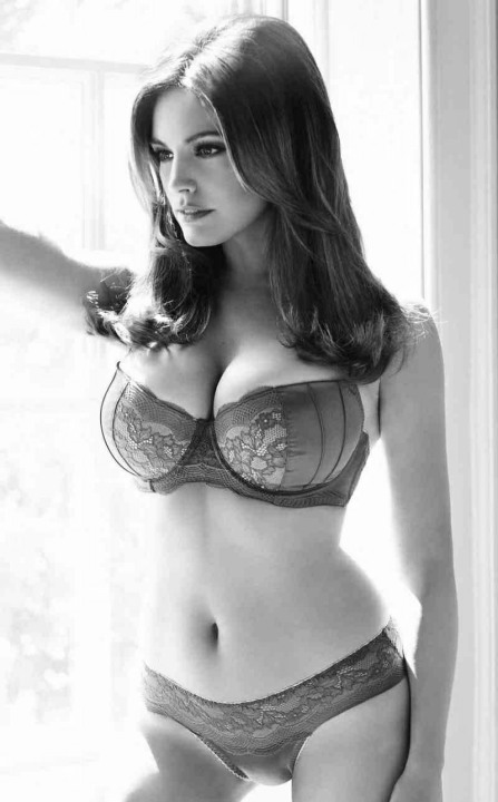 Curvaceous Cuties (28)
