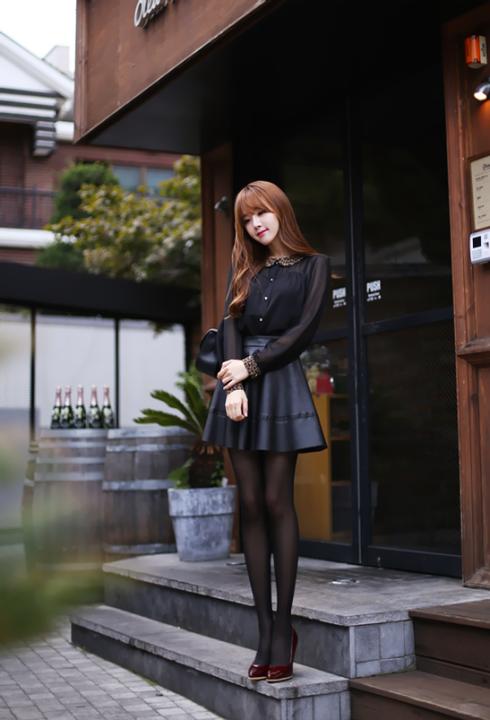 Ladies Of Leather (1)