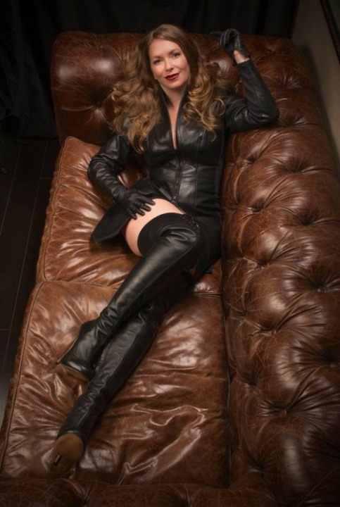 Ladies Of Leather (12)