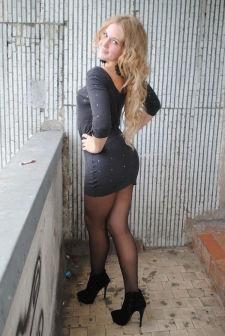 Short Skirts, High Heels (54)
