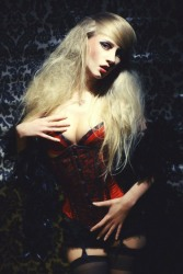 Curvaceous Corseted Cuties (1)