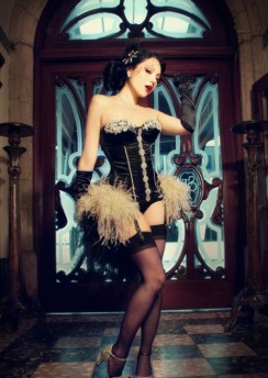 Curvaceous Corseted Cuties (20)