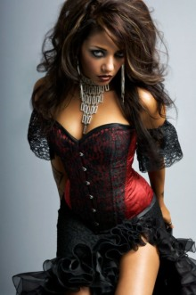 Curvaceous Corseted Cuties (21)