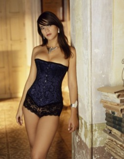 Curvaceous Corseted Cuties (2)
