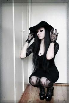 Gothic Ladies Fashion (25)