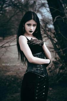 Gothic Ladies Fashion (31)