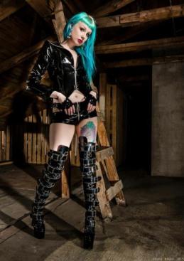 Gothic Ladies Fashion (33)