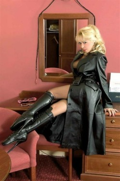 Real Leather Ladies (20)