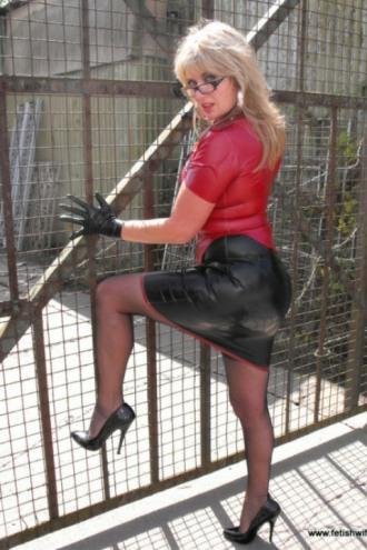 Real Leather Ladies (22)