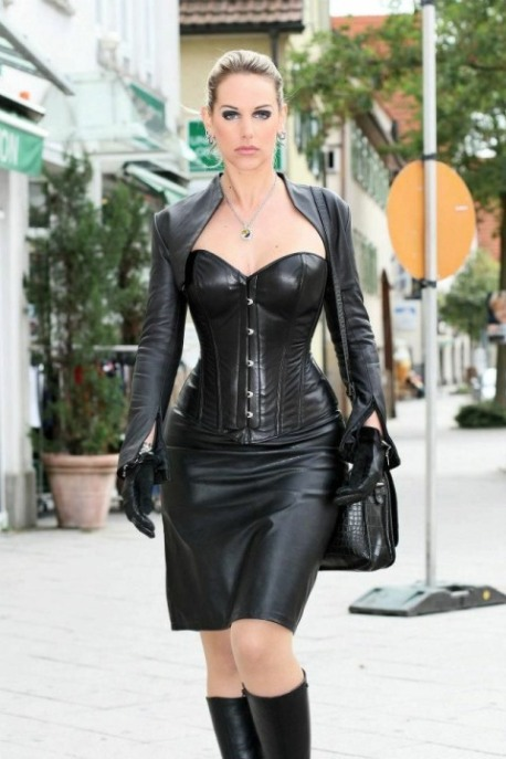 Real Leather Ladies (28)