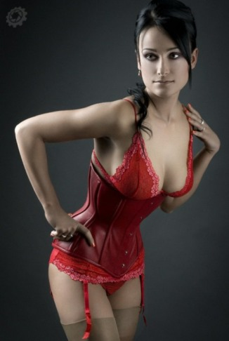 Curvaceous Corseted Cuties (141)