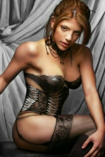 Curvaceous Corseted Cuties (91)