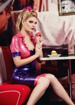 Luscious Latex Ladies (2)