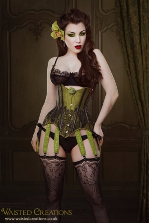 Corseted Curvaceous Cuties (1)