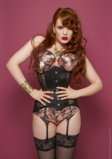 Corseted Curvaceous Cuties (10)