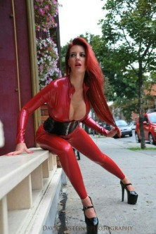 Red Latex Lady (22)